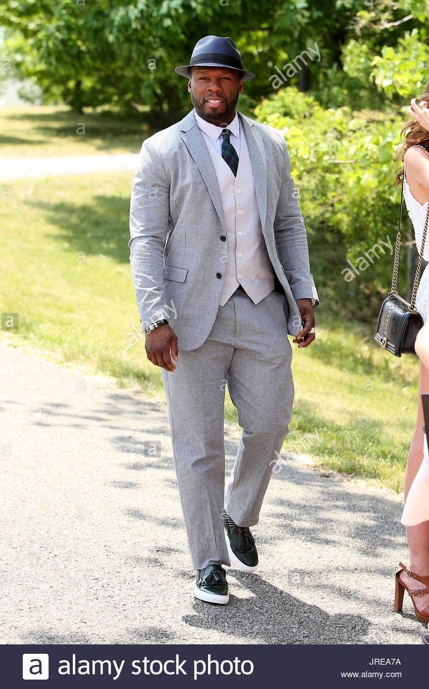 50-cent-rapper-50-cent-wearing-a-three-piece-suit-attends-the-eighth-JREA7A