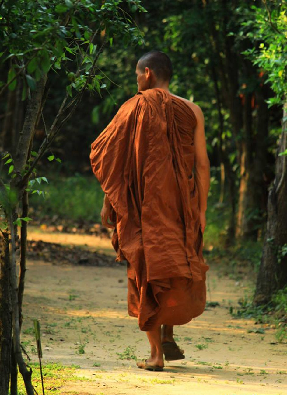 9 Sensational Lessons From The Monk Who Sold His Ferrari By Robin Sharma Unbounded Wisdom